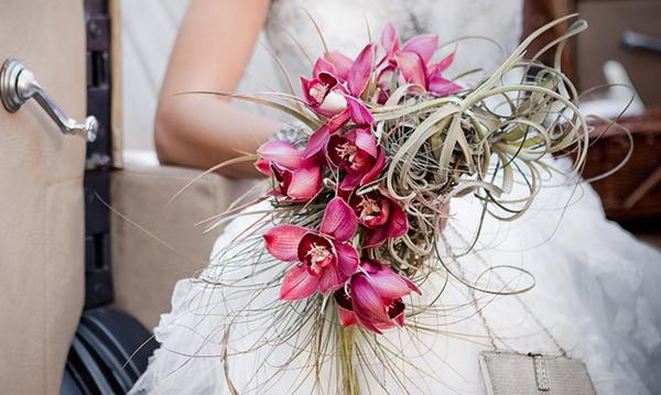 Осенне-зимние свадебные букеты 2016