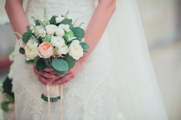 Весенне-летние свадебные букеты 2016
