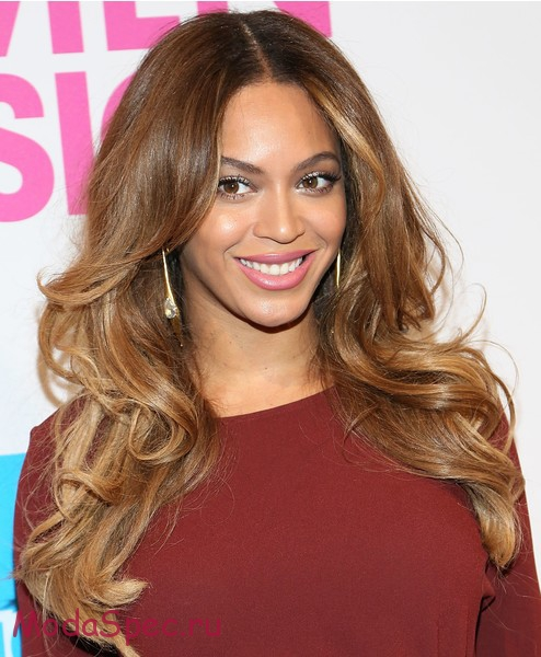 NEW YORK, NY - DECEMBER 12: Singer Beyonce attends the 2014 Billboard Women In Music Luncheon at Cipriani Wall Street on December 12, 2014 in New York City. (Photo by Monica Schipper/Getty Images)